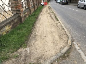 The churned up verge by the Marchmont Arms